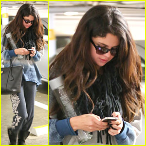 Selena Gomez Goes Apartment Hunting