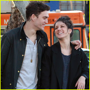 Shenae Grimes: Smiling &#038; Shopping With Josh Beech