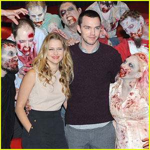 Teresa Palmer & Nicholas Hoult: 'Warm Bodies' Photo Call in London