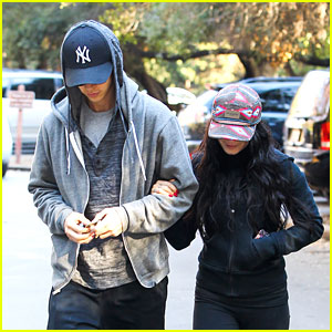 Vanessa Hudgens & Austin Butler: Friday Morning Hike