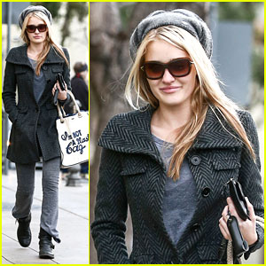 AJ Michalka: Errands Before Friend's Birthday Dinner