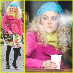 AnnaSophia Robb Talks Costumes on 'Carrie Diaries'