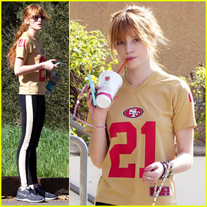 Bella Thorne: Super Bowl Sunday Hike!