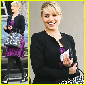 Dianna Agron: Fig & Olive Lunch with Friends