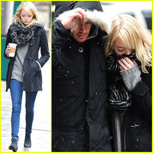Emma Stone & Andrew Garfield: Snowy Stroll in NYC!