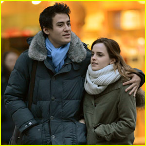 Emma Watson & Will Adamowicz: New York City Stroll!