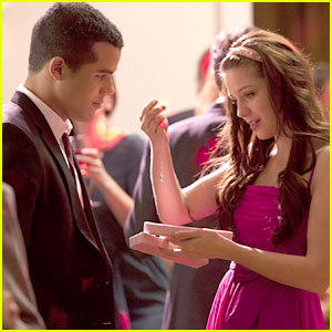 Jacob Artist & Melissa Benoist: Valentine's Day on 'Glee'!
