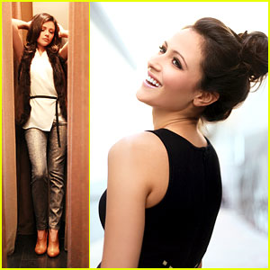 Italia Ricci: JJJ Portrait Session (Exclusive)!