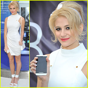Pixie Lott: Blackberry Z10 Launch Event