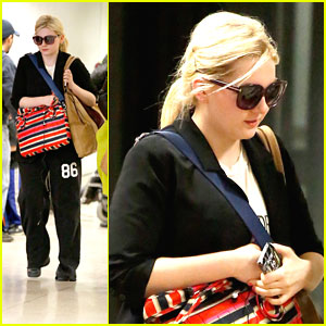 Abigail Breslin: LAX Landing