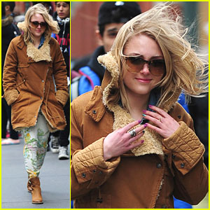 AnnaSophia Robb: 'Spring? NYC Get With It!'