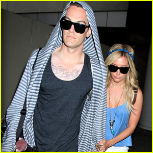 Ashley Tisdale & Christopher French: Back From Vacay!
