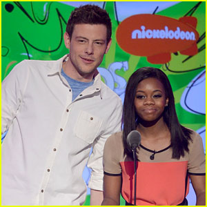 Cory Monteith - Kids Choice Awards 2013 Presenter