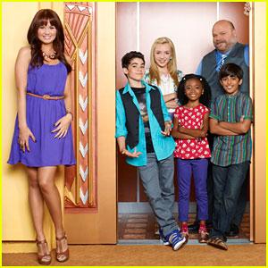 Debby Ryan: 'Jessie' Renewed for Season 3!