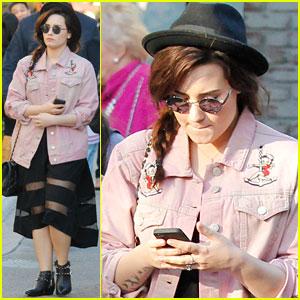 Demi Lovato: The Grove Cutie!
