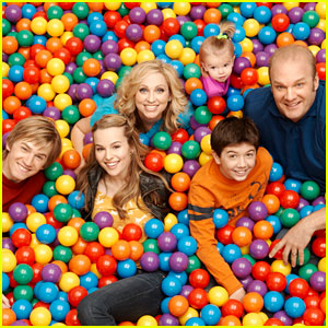 Good Luck Charlie: April Premiere Features The Muppets!