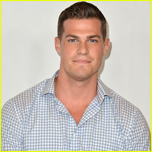 Greg Finley Joins The CW's 'Oxygen'