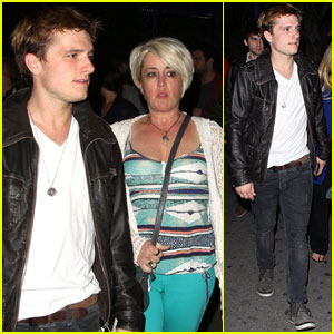 Josh Hutcherson: Bowling with Mom Michelle!