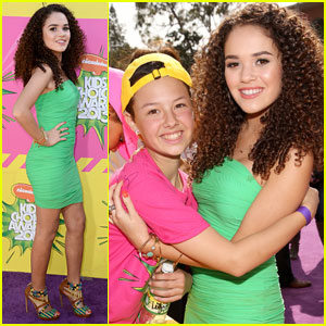 Madison Pettis - Kids' Choice Awards 2013 Red Carpet