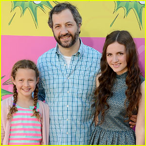 Maude & Iris Apatow - Kids' Choice Awards 2013 Red Carpet