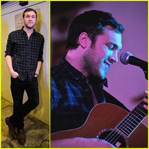 Phillip Phillips: 'American Idol' Performance This Week!