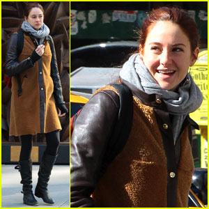 Shailene Woodley: NYC Day Off!