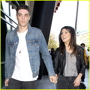 Shenae Grimes: Lakers Game with Jessica Lowndes & Josh Beech