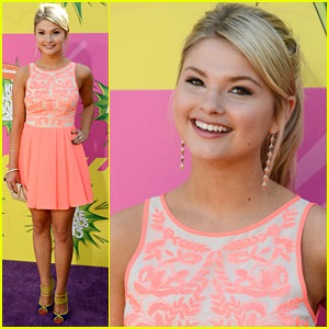 Stefanie Scott - Kids� Choice Awards 2013 Red Carpet