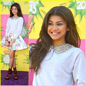Zendaya - Kids� Choice Awards 2013 Red Carpet