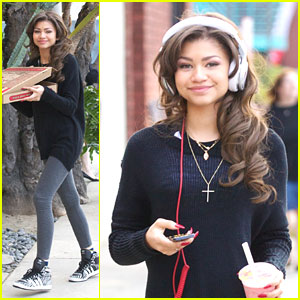 Zendaya: Pizza Before 'Dancing' Practice