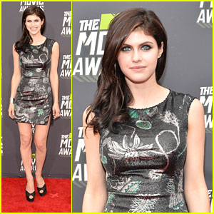 Alexandra Daddario -- MTV Movie Awards 2013