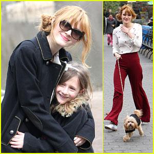Bella Thorne: Central Park Walk with Kingston