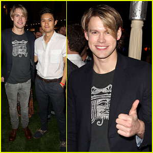 Chord Overstreet &#038; Harry Shum Jr.: City Year Pals!