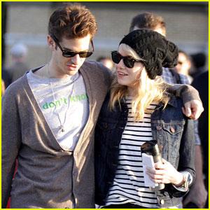 Emma Stone & Andrew Garfield: High Line PDA!