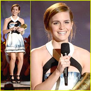 http://cdn01.cdn.justjaredjr.com/wp-content/uploads/headlines/2013/04/emma-watson-trailblazer-mtv-movie-awards.jpg