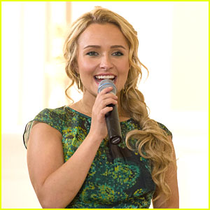 Hayden Panettiere: Nashville Beauty Series Videos -- 'Professionally Polished'