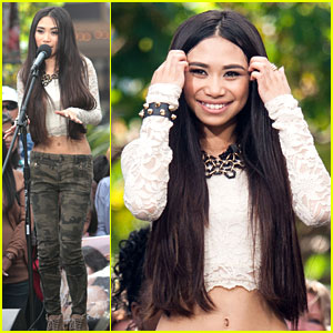 Jessica Sanchez: 'Extra' Performance at the Grove
