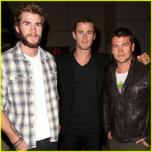 Liam Hemsworth: City Year Event with Chris & Luke!