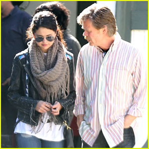 Selena Gomez: 'Rudderless' Meeting with William H. Macy