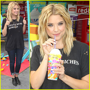 Ashley Benson: First Slurpee of Summer!