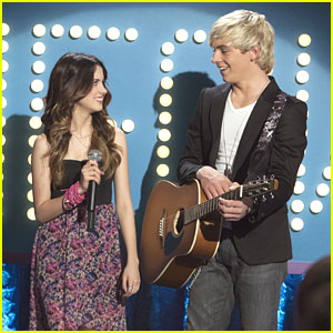 Laura Marano: Girl Band Bound on 'Austin & Ally'?
