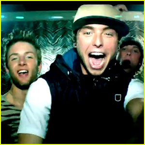 Emblem3: 'Chloe (You're The One I Want)' Video - Watch Now!