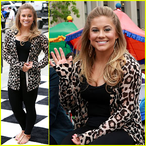 Shawn Johnson: Indy 500 Parade!