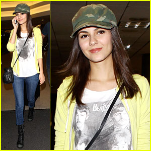 Victoria Justice: Beatles Tee at LAX