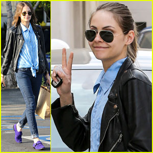 Willa Holland: Peace in WeHo!