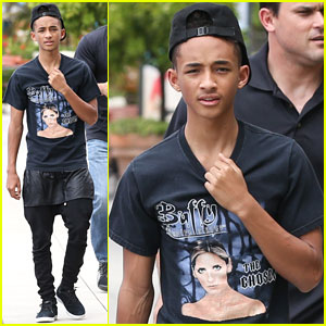 Jaden Smith Gets a Big Kiss From Dad Will | Jaden Smith ...
