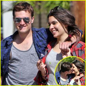 Josh Hutcherson & Girlfriend Claudia: Kiss Kiss on Motorcycle Ride