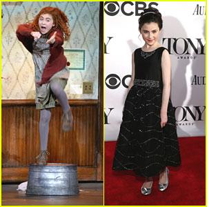 Lilla Crawford: Tony Awards 'Annie' Performance -- Watch Now!