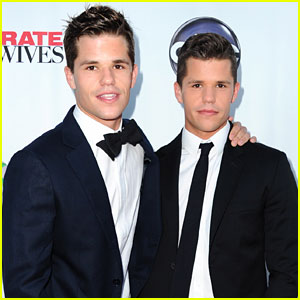 Max & Charlie Carver Cast in HBO's 'The Leftovers'