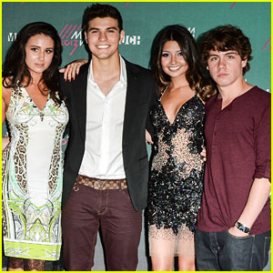 Munro Chambers & Luke Bilyk: 'Degrassi' at MuchMusic Video Awards 2013!